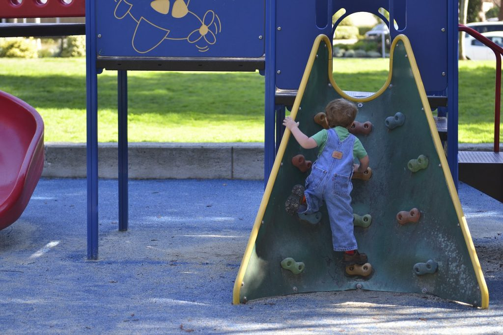 parks in dublin with playgrounds